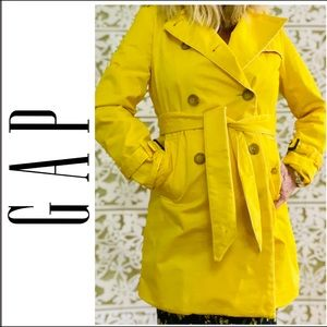 Gap Trench Raincoat